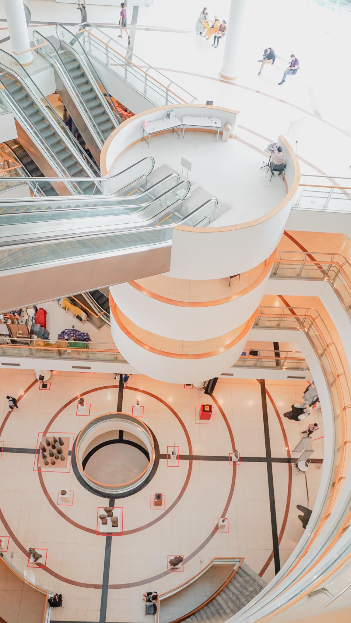 BTSのナショナルスタジアム駅直結でアクセス抜群の「BACC(バンコク・アート&カルチャー・センター)」